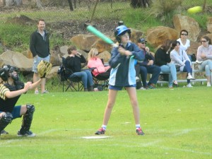 sprt-softball2