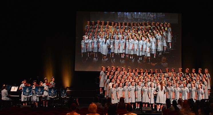 W9 - Choral Night