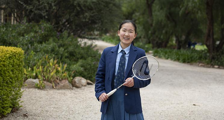 W10 - Badminton